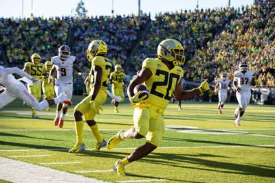 Rapid Reaction: Oregon football beats Bowling Green 58-24 in season opener