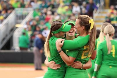 Oregon softball takes No. 1 overall seed ahead of Eugene Regional