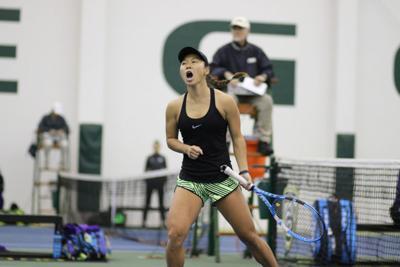 Oregon women's tennis makes quick work of Utah in trash-talk filled match