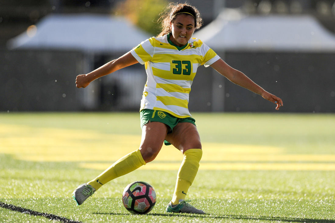 Oregon soccer drops contest to UCLA and remains winless in Pac-12 play
