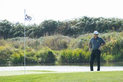 Norman Xiong wins men's golf opener, Ducks finish fourth