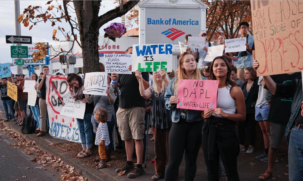 UO students and Eugene residents protest Dakota Access