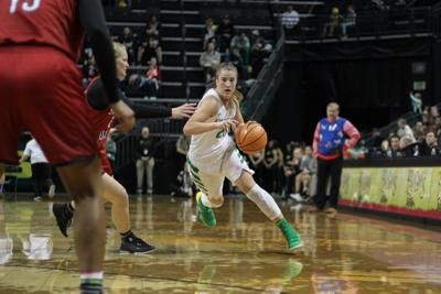 Oregon women's basketball defeats Washington State 89-56 in conference opener