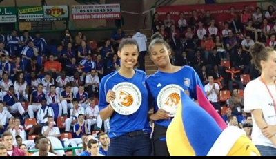 Nyara Sabally and Taylor Chavez sign with Oregon
