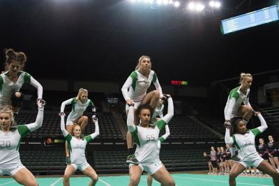 Oregon acrobatics and tumbling stays unbeaten with win at King
