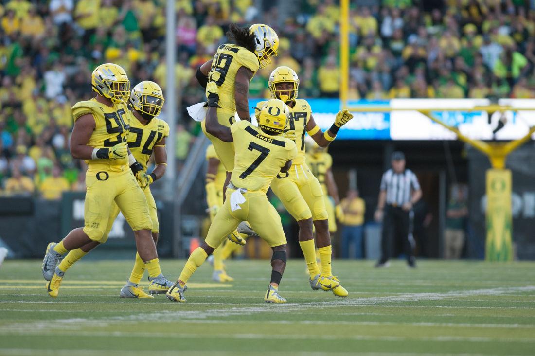 Photos: Oregon Ducks Football dominates the Bowling Green Falcons 58-24