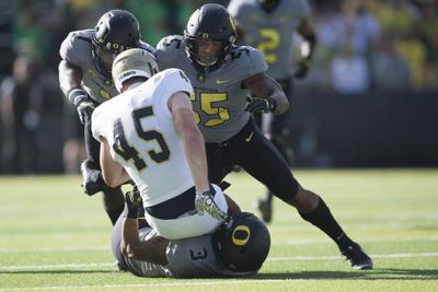 Oregon Defense Offers Mixed Results As Brady Hoke Unveils 4 3 Scheme