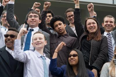 Youth suing government expect good news in upcoming decision