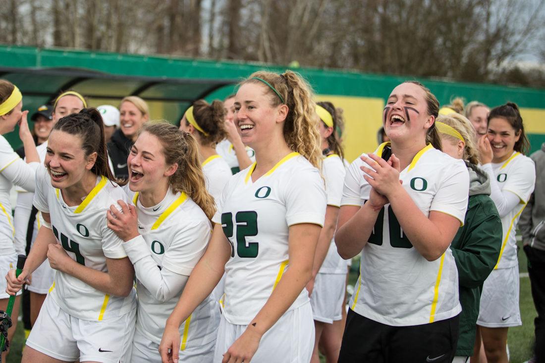 Photos: Oregon Ducks defeat California, 18-9