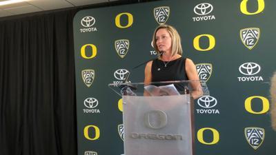 Oregon softball introduces Melyssa Lombardi as head coach