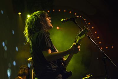 Courtney Barnett and Kurt Vile celebrate friendship in 'Lotta Sea Lice' singles