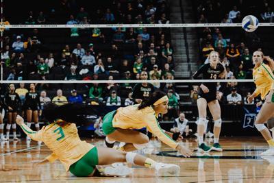 2018.11.30.EMG.SEN.UO.VB.vs.Baylor.NCAA-14.jpg