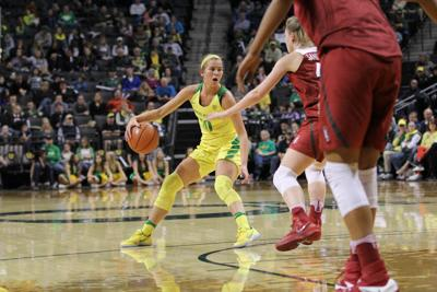 Lexi Bando returns in Oregon's 90-79 win over Washington State