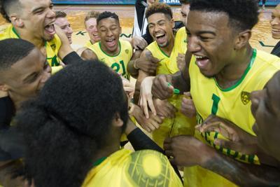 Oregon men's basketball bounces back with Civil War win, baseball sweeps San Diego State