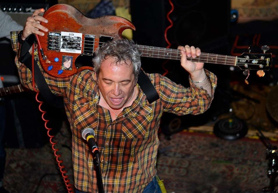 Bass, flannel and 'jamming econo' to the end: Pioneering punk rocker Mike Watt to perform in Eugene Thursday