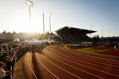 Oregon track and field welcomes 13 new athletes to the program