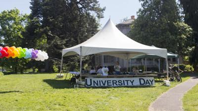 Students help prepare UO for commencement on University Day