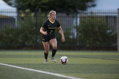 Oregon soccer opens up season with a tie against Fresno State, 2-2