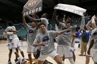 pic for basketball NIT win