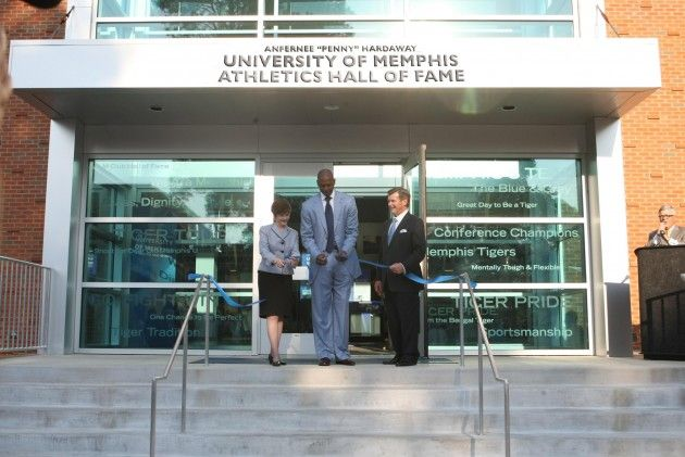University Of Memphis Unveils Athletic Hall Of Fame Named For Tiger Great 39 Penny 39 Hardaway