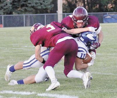 Fast start carries Bulldogs past C-Hawks