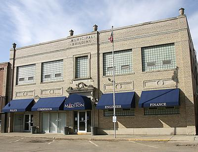 Madison City Commission hires city administrator