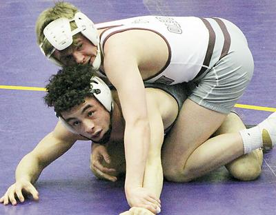 Madison sending eight wrestlers to State A Tournament