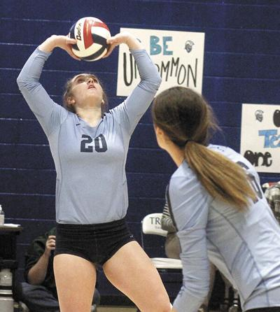 Top-ranked Jimmies stop Trojans in non-conference match