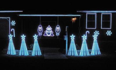 DSU professor sets Christmas light display to music
