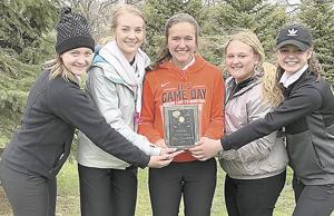 Howard girls win own golf invitational