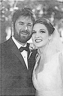Weiland, Mercer married