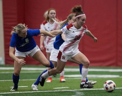 Elyse Huber soccer