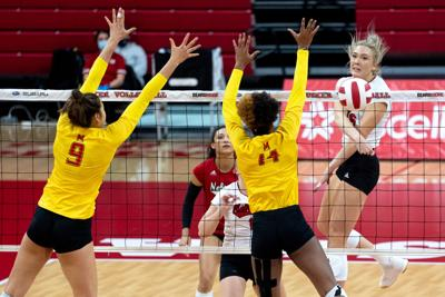Nebraska Volleyball vs. Maryland Photo No. 7