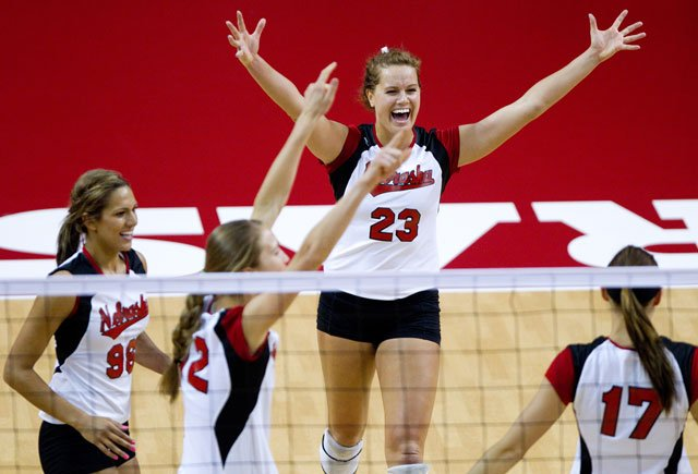 Outside Hitter Kelsey Robinson Stands Out In Spring Season
