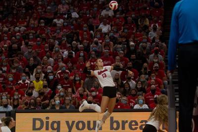Volleyball vs Louisville Photo No. 10