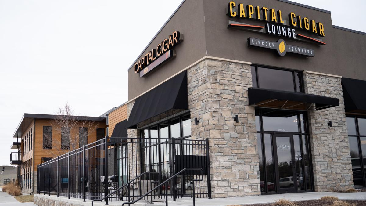 Capital Cigar Lounge event connects young professionals with local entrepreneurs