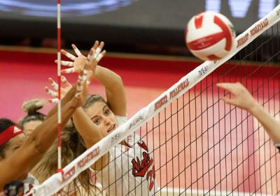Nebraska volleyball sweeps Michigan in classic 'blackshorts' defensive domination