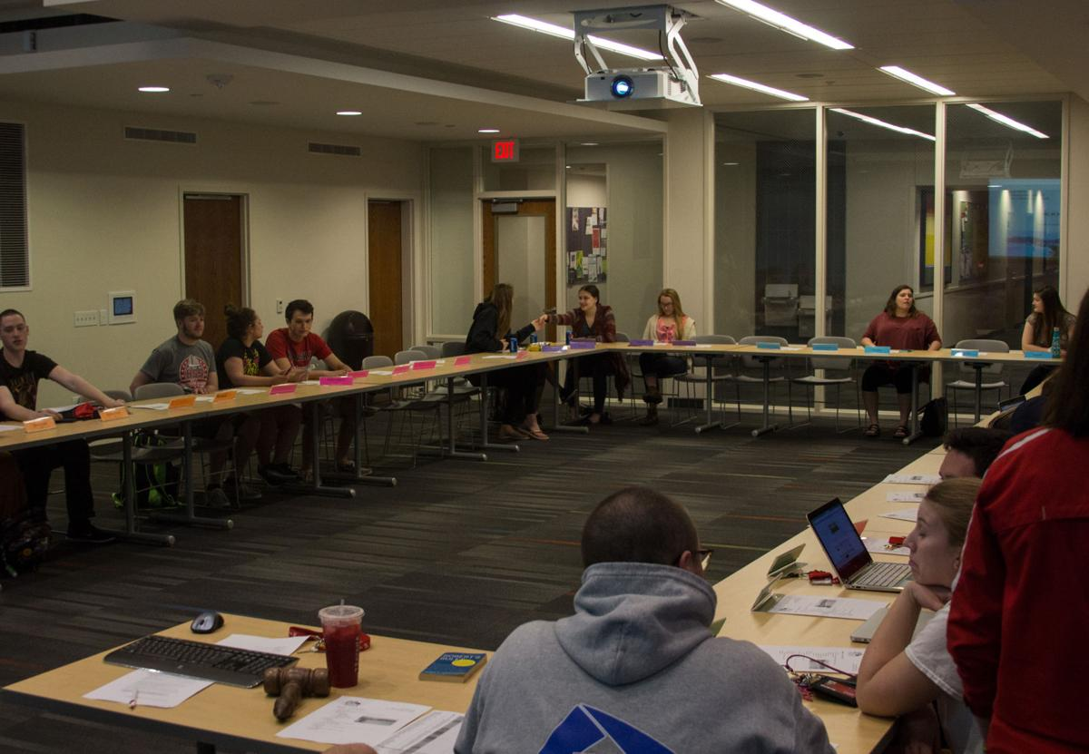 UNL Residence Hall Association Discusses Events Funding News - Unl training table