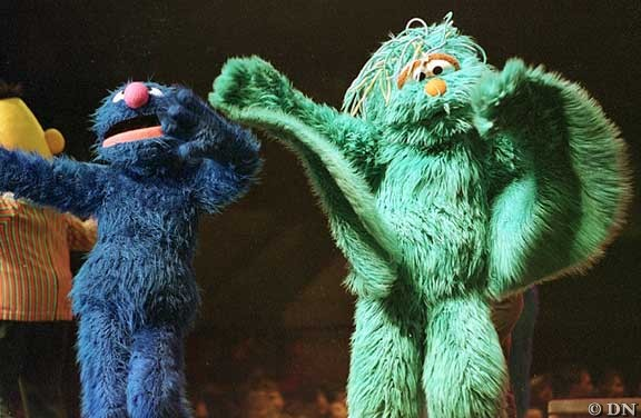 Sesame Street characters bring sunny days to Lincoln