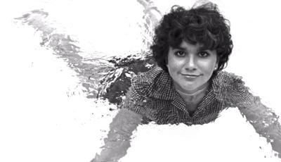 Linda Ronstadt in a pool