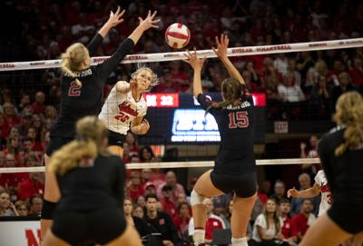 Lauren Stivrins performs her move against Stanford