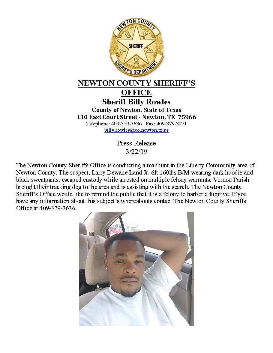 Manhunt in Newton County underway
