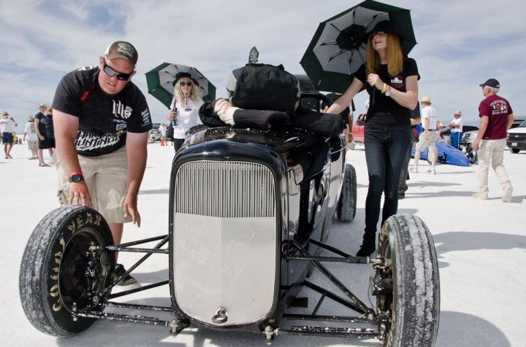 Flat-out fast: Pursuing speed record on salt flats | The