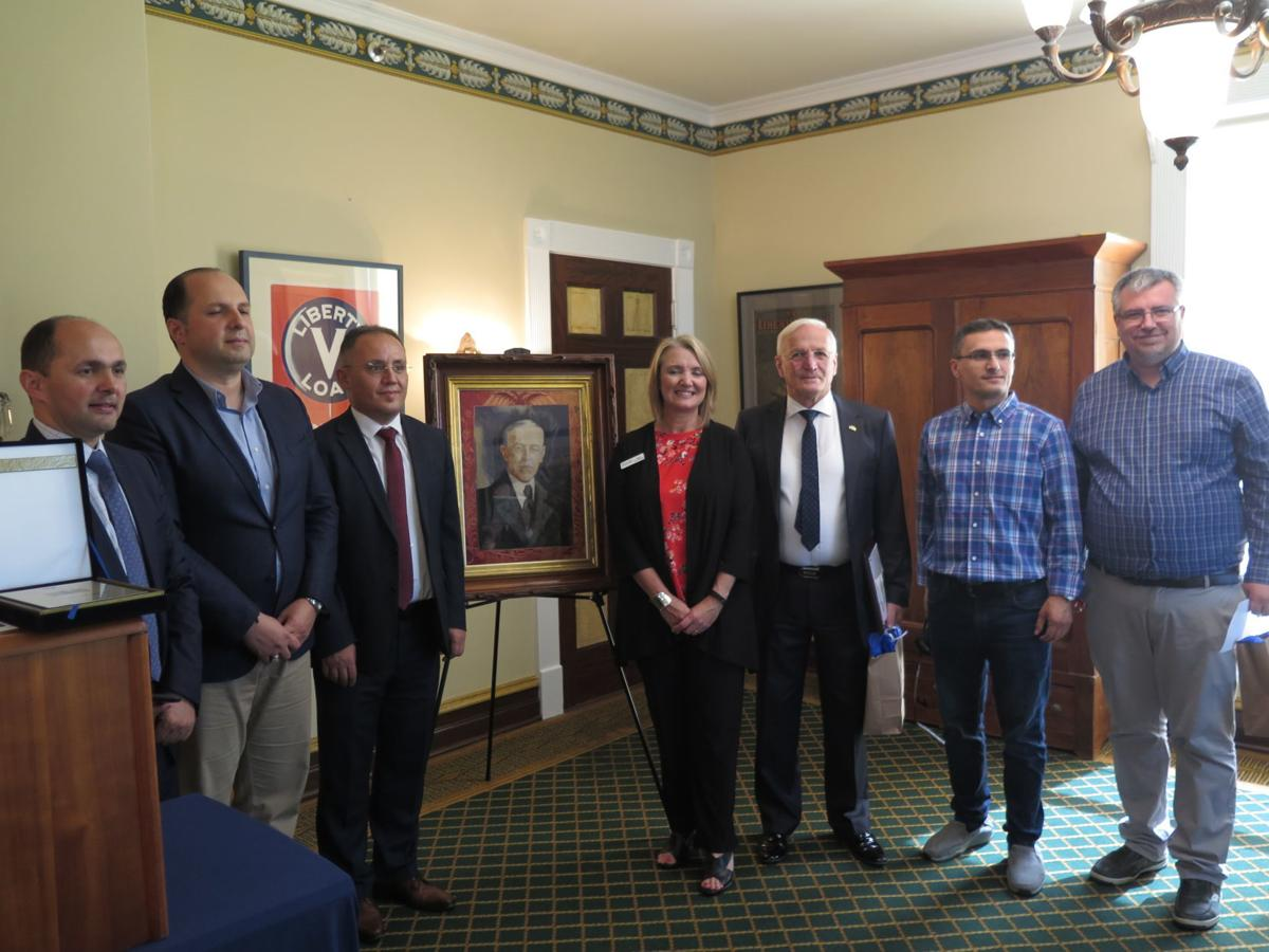 Albanian delegation honors Woodrow Wilson
