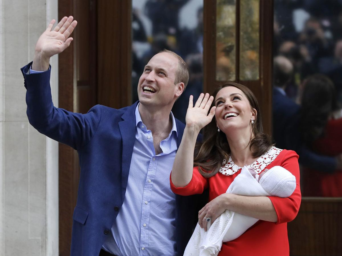 Photos: It's a boy for Kate and Prince William, born on England's national day