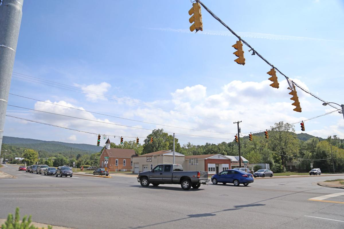 Traffic roundabout planned for East Main-Delphine intersection