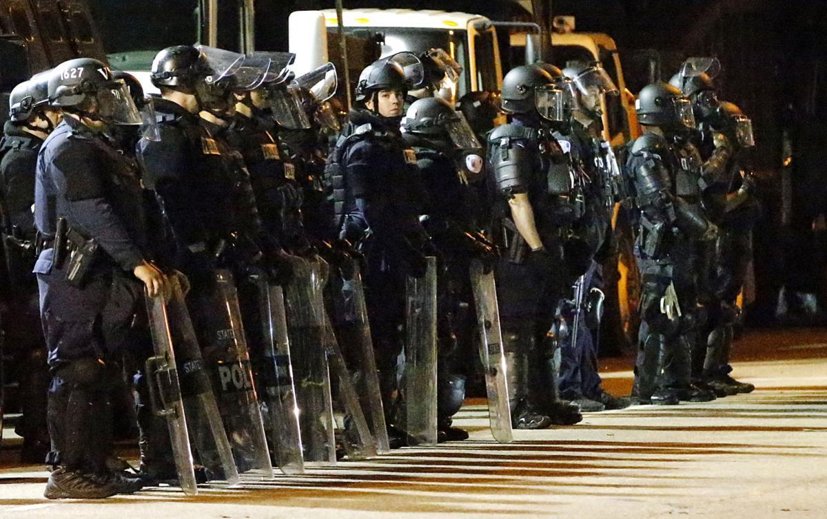 20200616_MET_PROTEST_AWE27