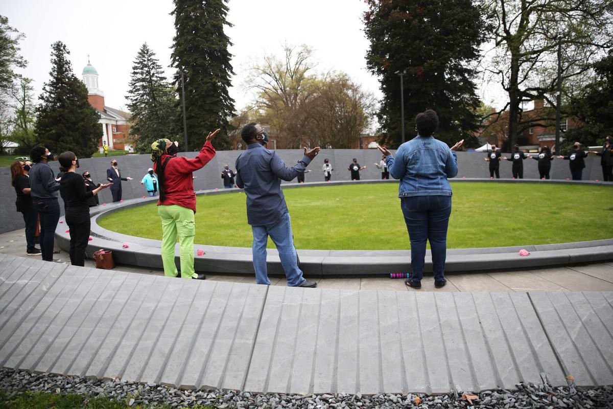 Memorial to Enslaved Laborers dedication