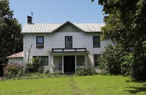 Family says 1800s Crozet home in project's way shouldn't be destroyed