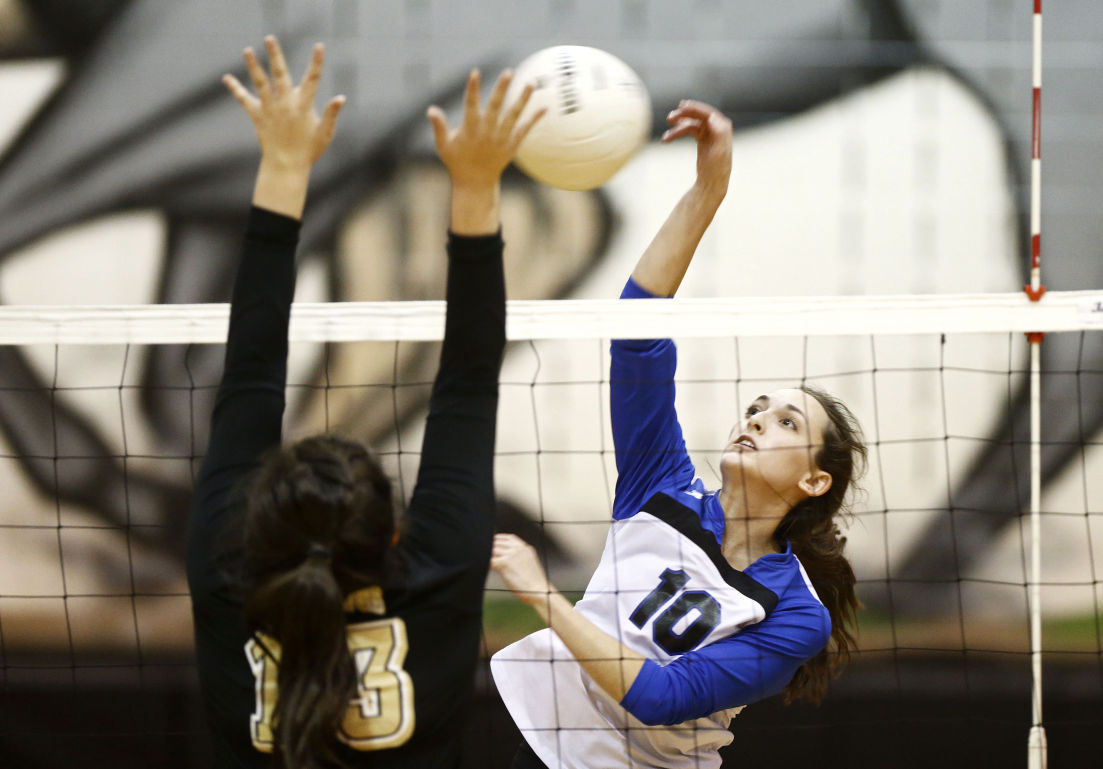 Western vs. Monticello volleyball photos | Galleries ...